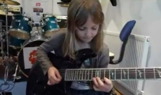 Amazing 8 Year Old Girl Guitar Play