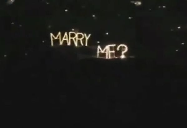 25 Awesome Wedding Proposals (video)