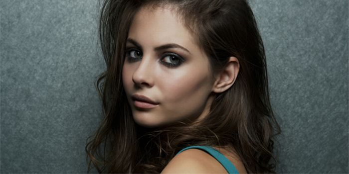 Willa Holland Hollywood Actress Hot Pictures