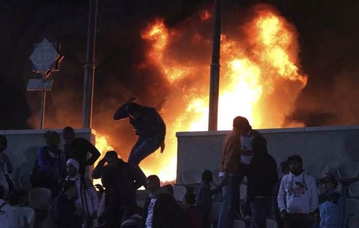 The Egyptian Soccer Riots Have Killed At Least 73 People (10 pics + video)