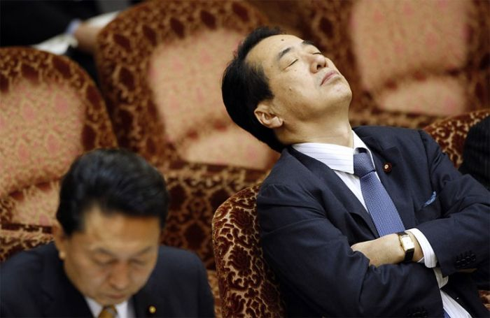 Sleepy Politicians (15 pics)
