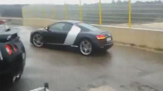 Epic Audi R8 Parking