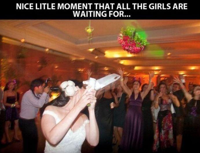 Cruel Wedding Prank (4 pics)