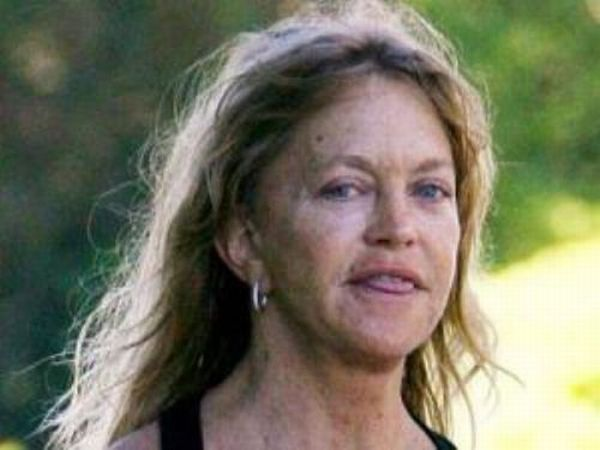 Celebrities Who Look Like Zombies (20 pics)