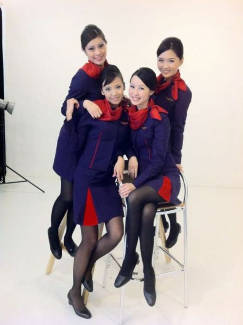 Stewardesses From All Over the World (34 pics)