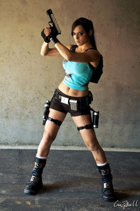 Beautiful Lara Croft Girl (16 pics)