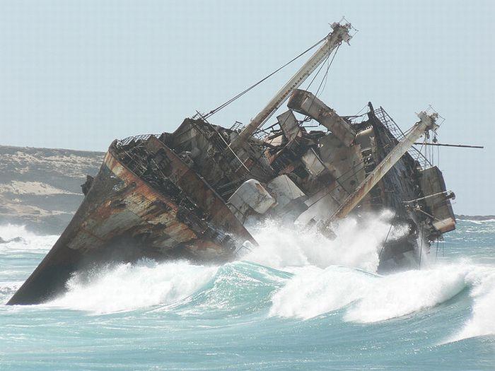Barcos Naufragados!