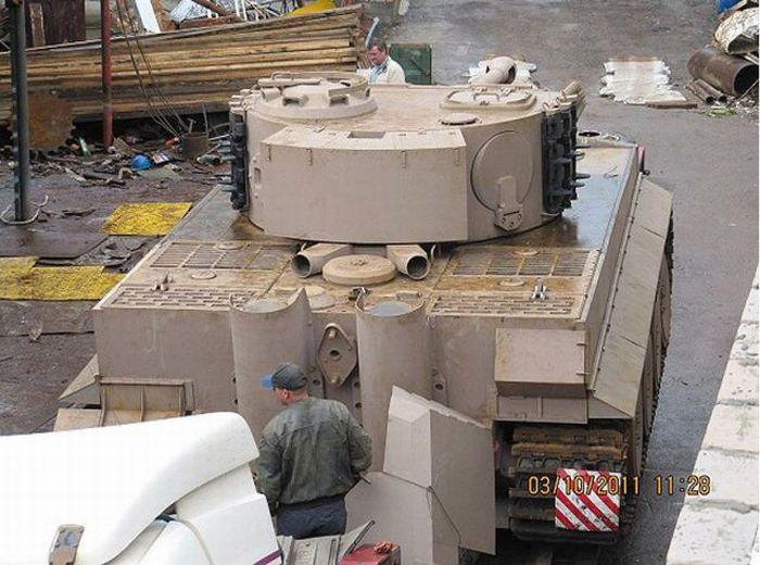 Handcrafted Tiger VI Tank Replica (70 pics)