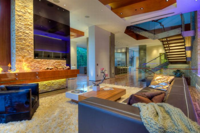 Awesome House in Beverly Hills (14 pics)