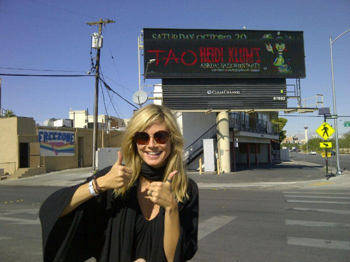 Heidi Klum Twitpics (50 pics)