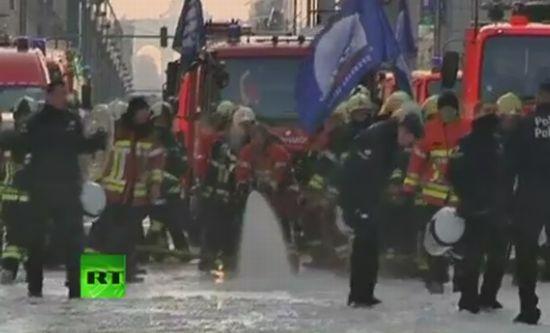 Striking Firefighters vs Police in Brussels
