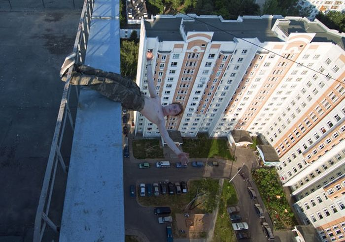 Extreme Urban Climbing (15 pics)