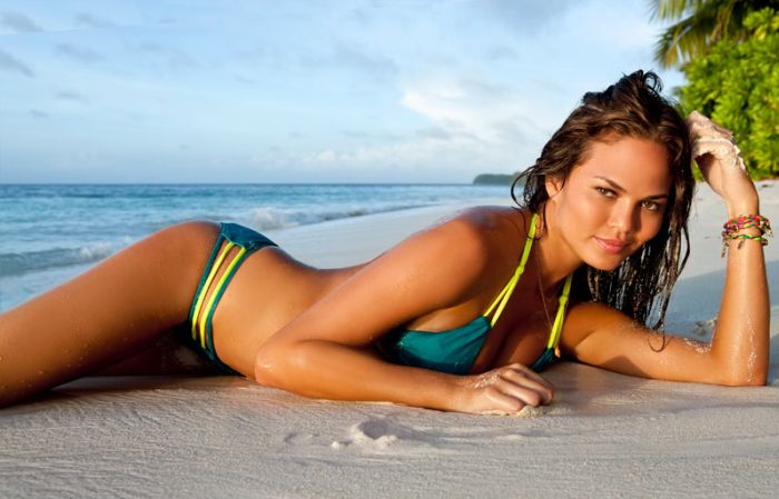 Sports Illustrated Swimsuit Edition 2012 (18 pics)
