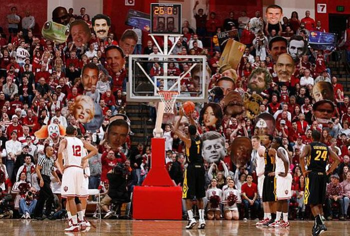 Hilarious Basketball Fans (30 pics)