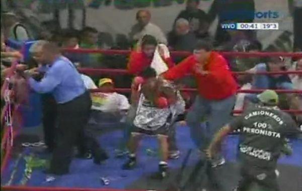 Lazarte vs Casimero. Boxing Turns to Riot (video)