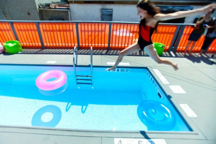 Dumpster Swimming Pools (13 pics)