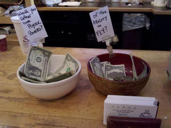 Creative Tip Jars (22 pics)
