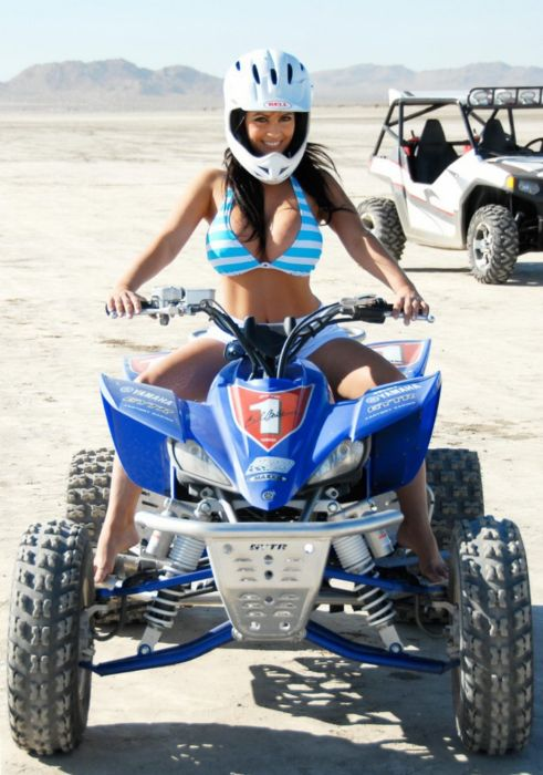 Denise Milani on 4-Wheel (16 pics)