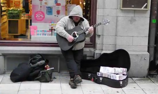 Amazing Voice of Street Musician