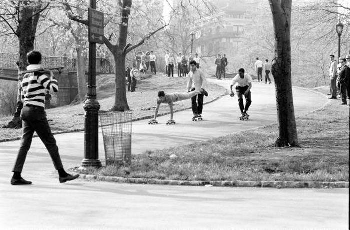 Skateboarding in New York in 1960 (33 pics)
