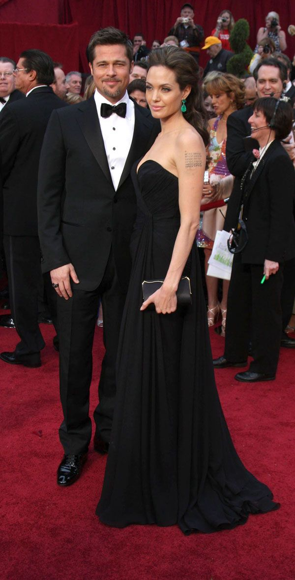 Angelina Jolie At The Oscars (14 pics)