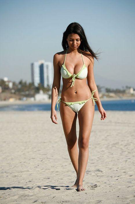 Bikini Girls At Daytona 500 97 Pics-6760