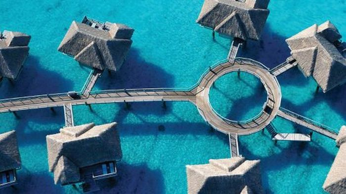 Four Seasons Resort Bora Bora (30 pics)