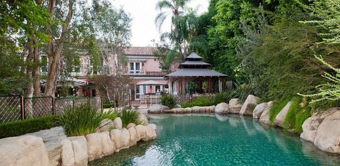 The House of Christina Aguilera Is on Sale for $US13.5 Million (20 pics)