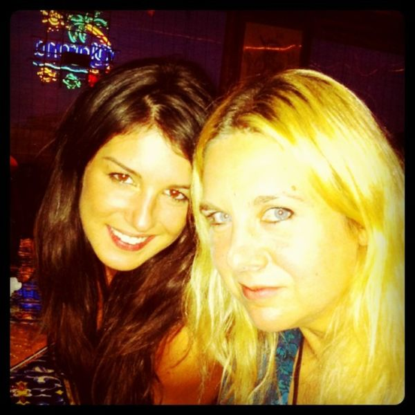 Shenae Grimes Twitpics (24 pics)