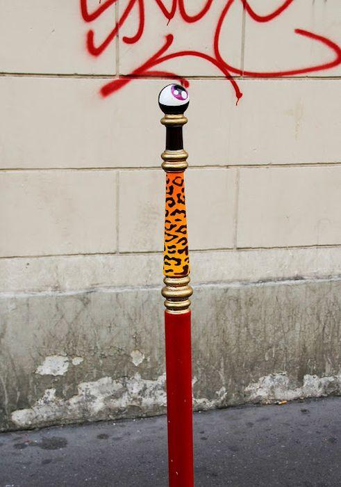Cyclops Street Art (82 pics)