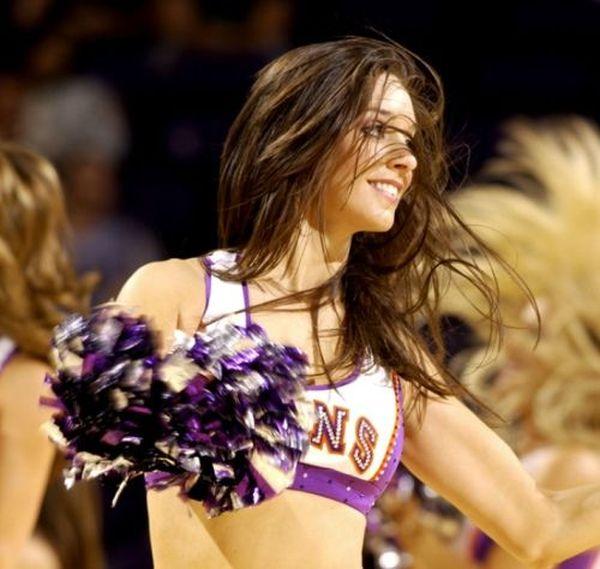 Sun's cheerleaders (44 pics)