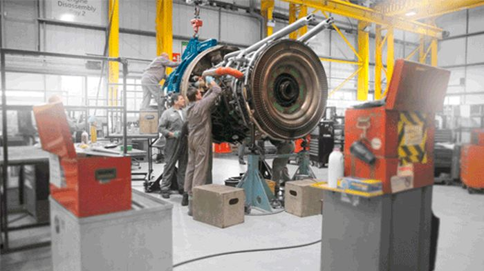 Amazing GIFs From The Floor Of A GE Factory (10 gifs)