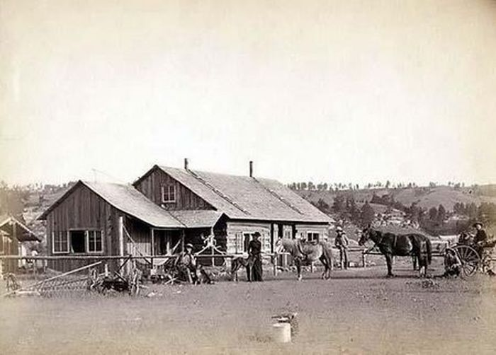 Photographs of the Old West (80 pics)