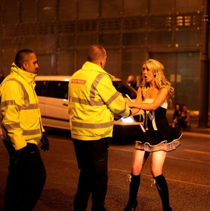 Life of Cops Around the World (59 pics)