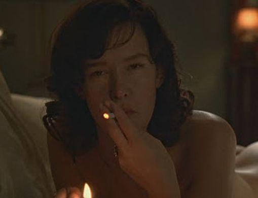 Famous People Smoking (90 pics)