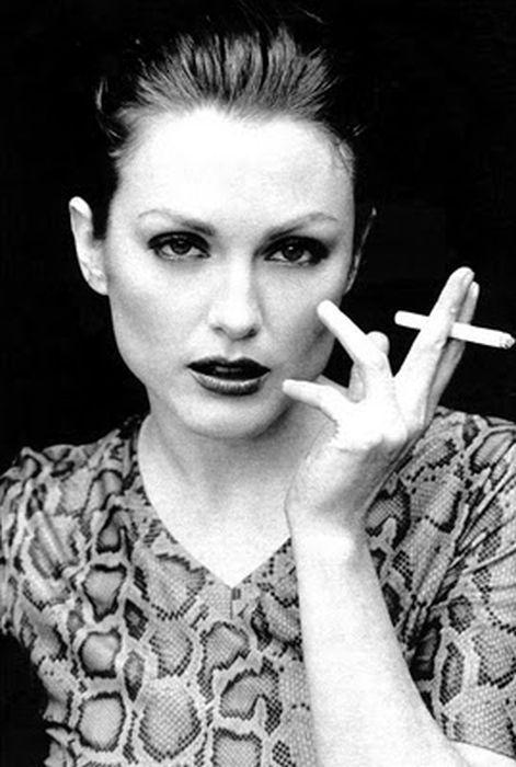 famous people smoking 90 pics