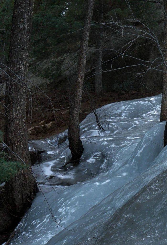 Frozen River (4 pics)