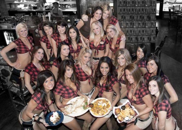 Girls of Twin Peaks (74 pics)