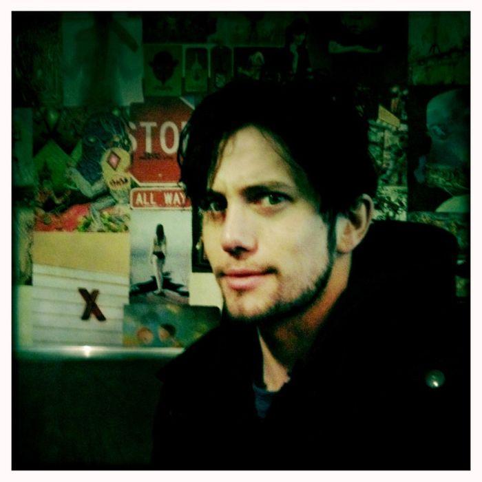 Jackson Rathbone Twitpics (24 pics)