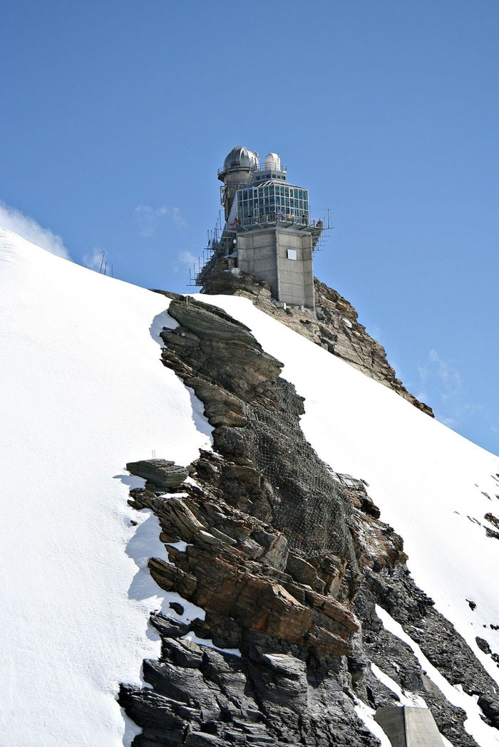 The Sphinx Observatory in Jungfraujoch, Switzerland (10 pics)