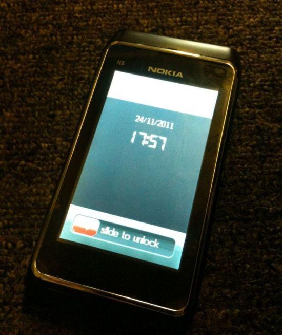 Chinese Fake Nokia N8 Phone Has a Fake HDMI Output (4 pics)