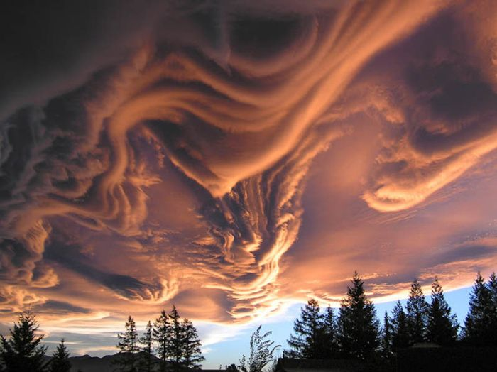 Incredible Cloud Formations (20 pics)