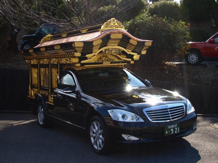 Unusual Hearses (34 pics)