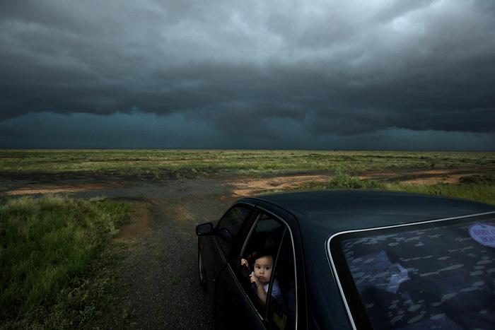 Amazing Storm Photos by Nick Moir (33 pics)