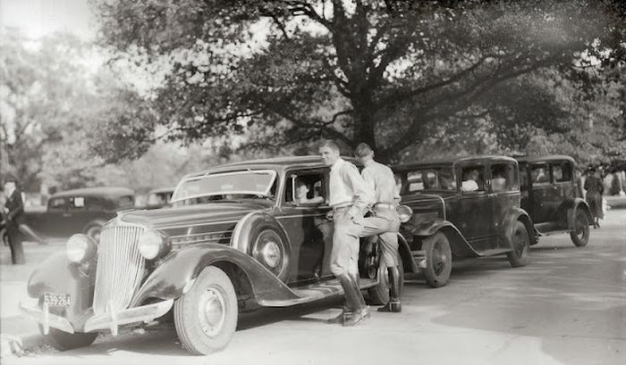 Student Life in the 1930's (46 pics)