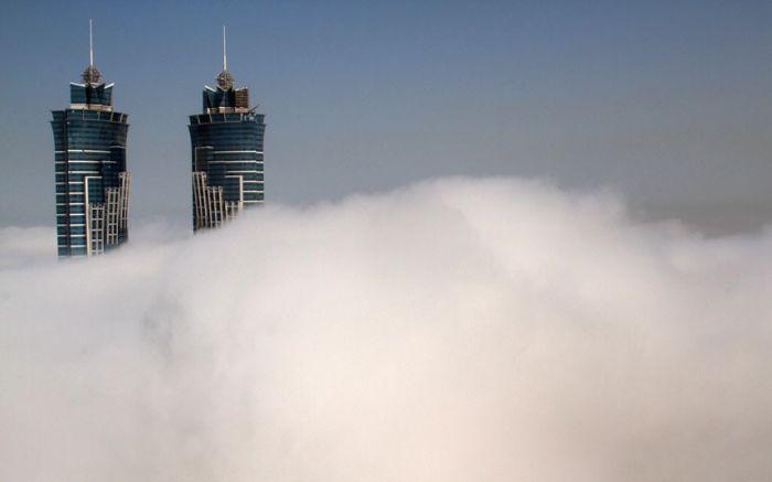 Dubai in Fog (16 pics)