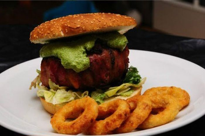 Awesome Bacon Cheeseburger (20 pics)