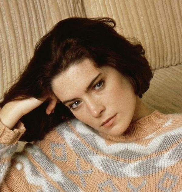 Twin Peaks Star Lara Flynn Boyle Aging Timeline (9 pics)