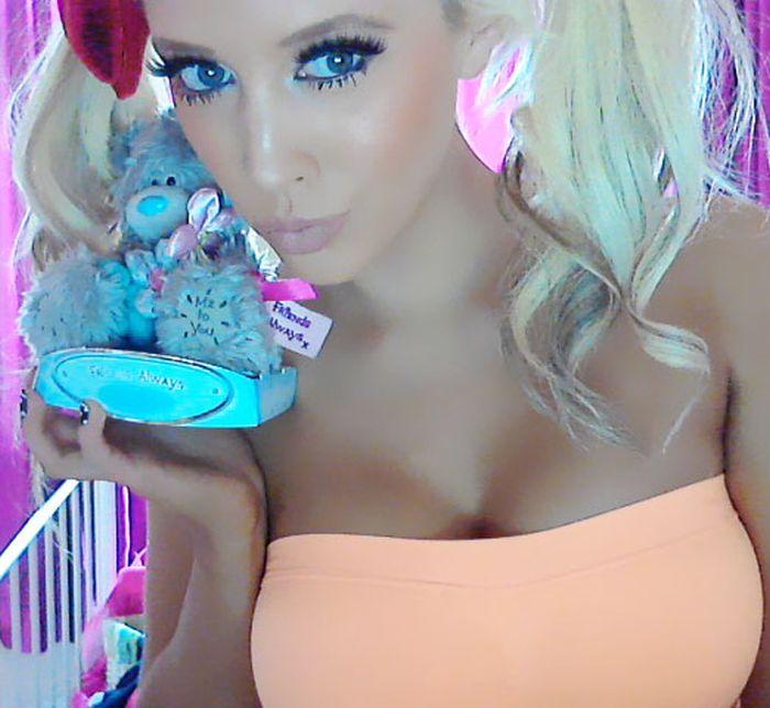 Barbie Doll Laura Vinicombe (50 pics)