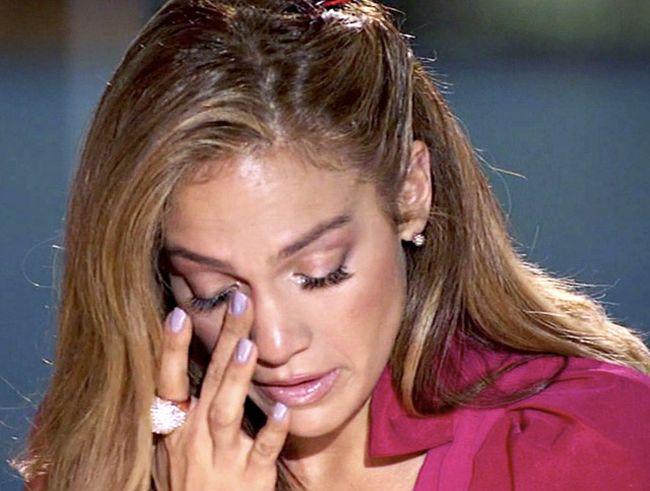 Celebrities Crying (34 pics)